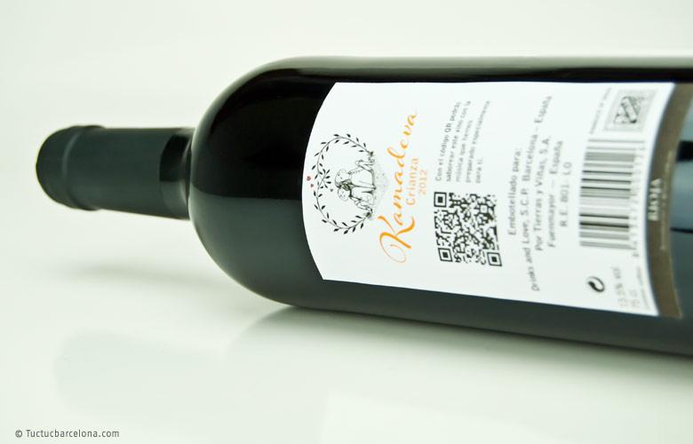 Diseñador gráfico experto en diseño de etiquetas de vino Rioja. Diseño realizdo por estudio diseño gráfico tuctucbarcelona