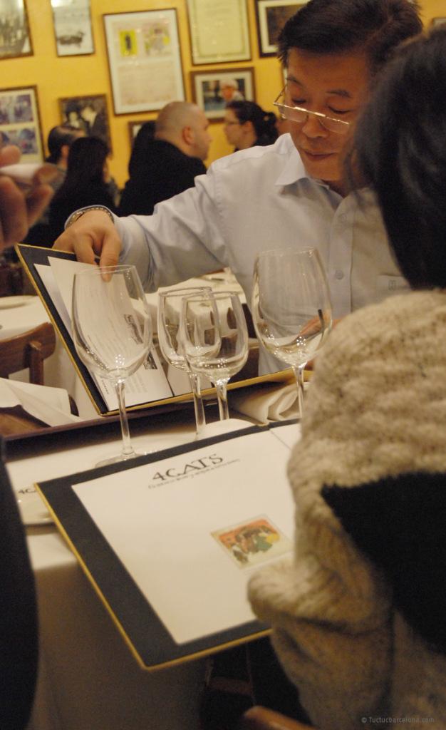 Diseno-grafico-carta-restaurante-4-gats-tuctcbarcelona_03