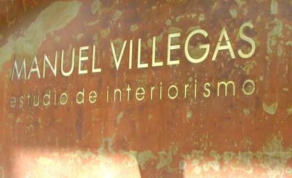 Estudio de diseño tuctucbarcelona. Diseñador gráfico rótulo comercio Barcelona.